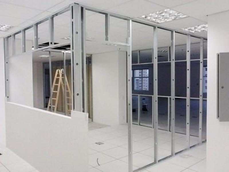 Loja de Divisória Drywall com Vidro Urca - Drywall Divisória